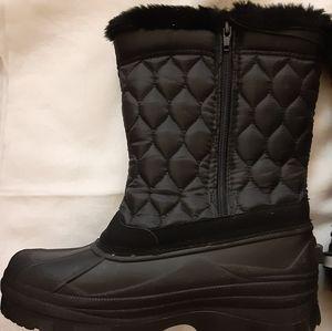 NEW Women Winter boots Size 10